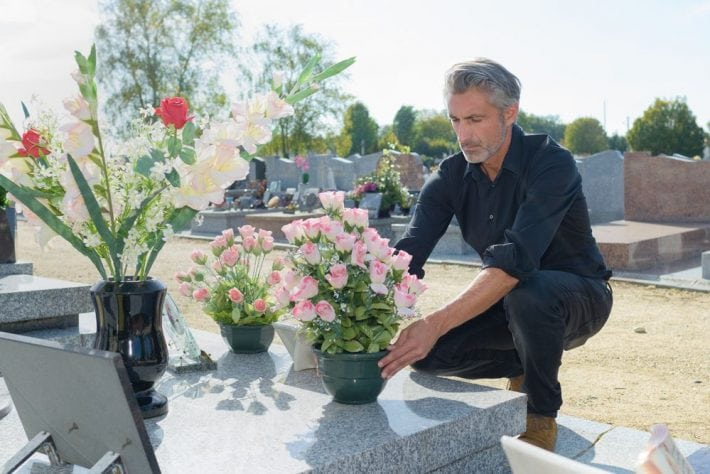 preparing your funeral - grieving family
